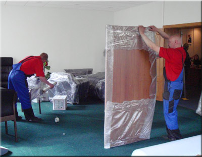 office-furniture-moving