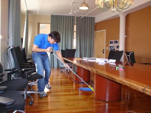 تنظيف مكاتب1