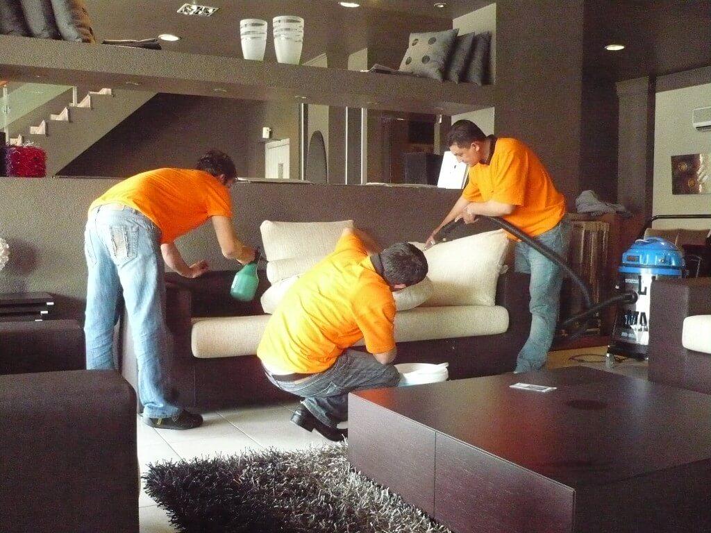 شركة تنظيف بالرياض-شركة الاوائل-0500091013